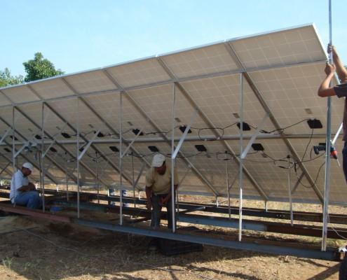 Panneaux solaires installés à Marrakech