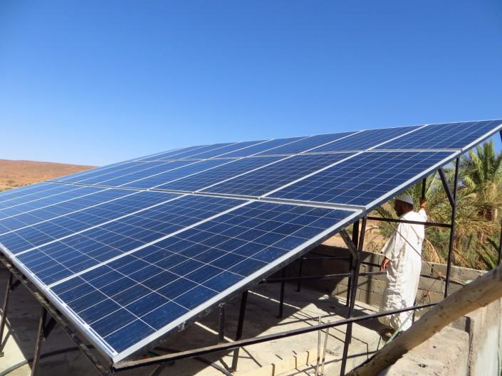 Installation de panneaux solaires, Zagora